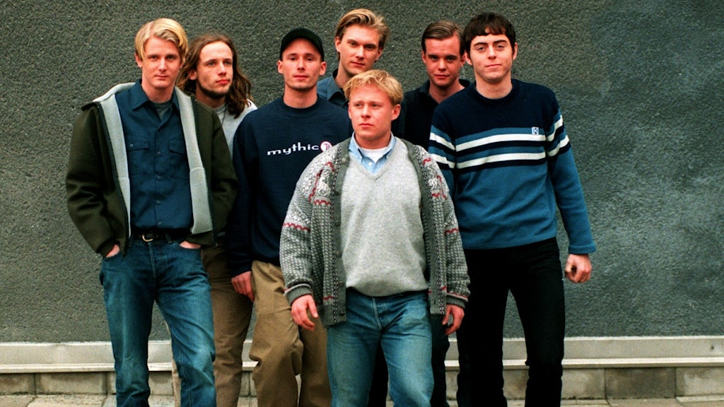 De sju männen som gjorde tv-programmet Varan-tv 1997.