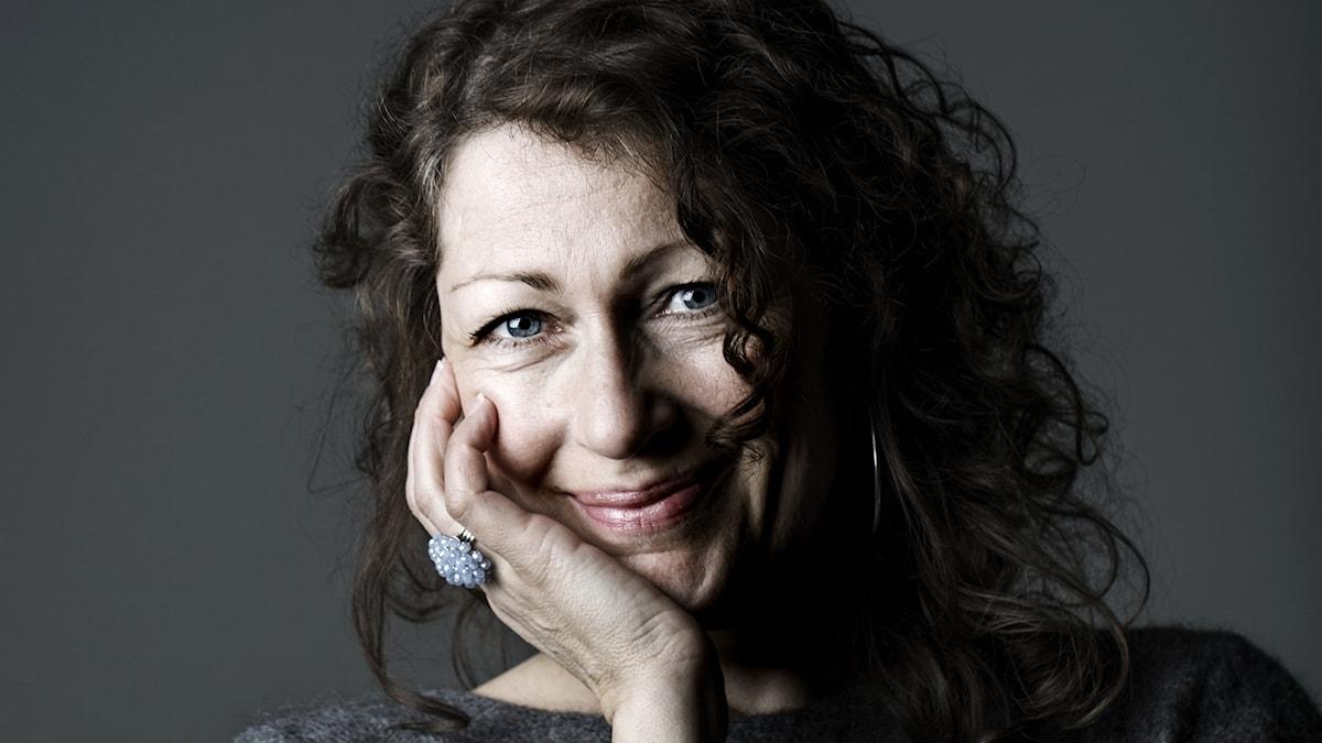 Elisabeth Åsbrink.