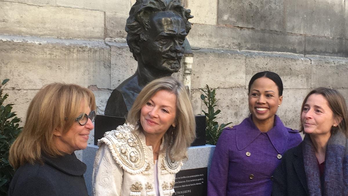Chantal Lambert-Burens biträdande borgmästare 6e arrondissementet i Paris, Veronika Wand-Danielsson, Sveriges ambassadör, Alice Bah Kuhnke, svensk kulturminister,  Véronique Levieux, biträdande borgmästare i Paris.