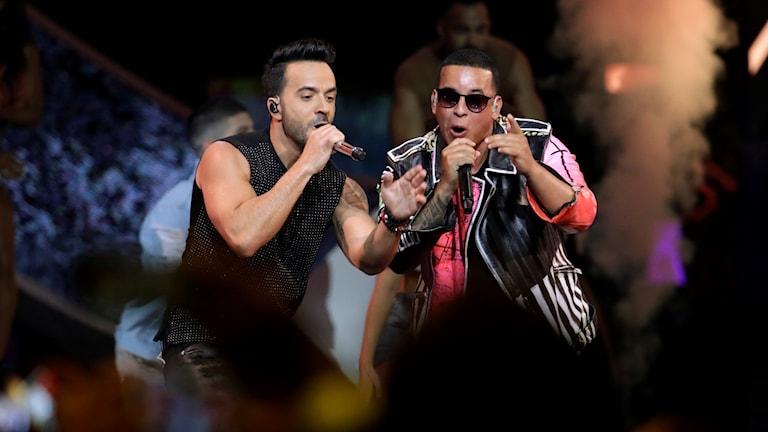 Luis Fonsi och Daddy Yankee stod bakom årets mest strömmade låt, Despacito.