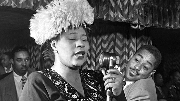 Ella Fitzgerald tillsammans med Dizzie Gillespie.