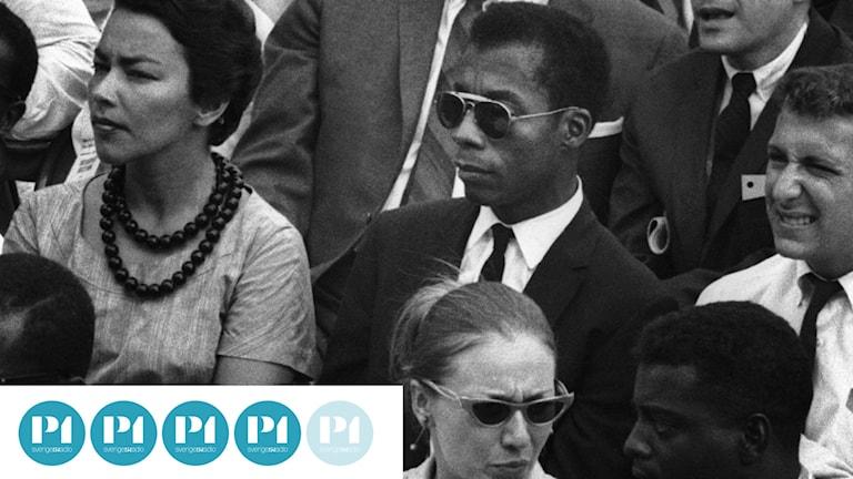 Bilden är från filmen I am not your negro och föreställer bland andra författaren James Baldwin