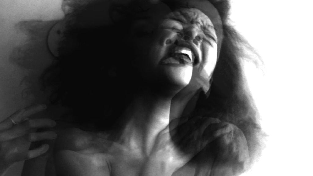 Beskuren stillbild från videoverket Rapture, 2018. Foto: Phoebe Boswell