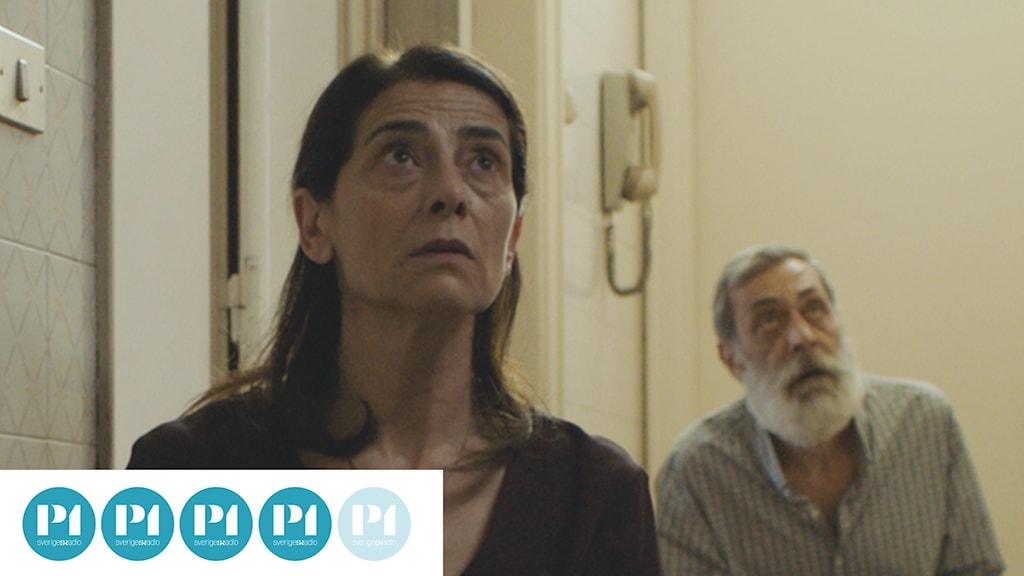 "Hiam Abbass i filmen ""Insyriated"" av Philippe van Leeuw."