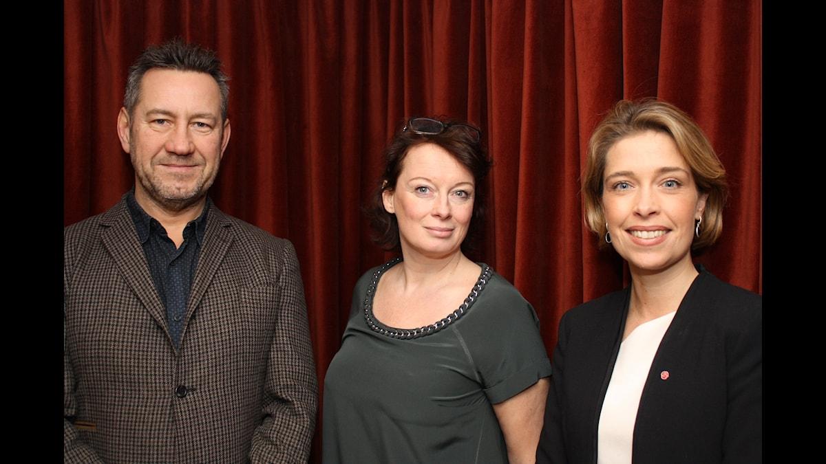 Sandro Scocco, Cammila Wagner och Annika Strandhäll. Foto, Anna Iversen