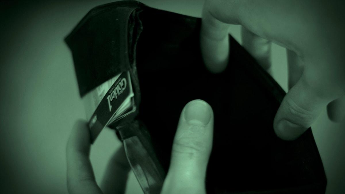 Plötsligt fattades 10 000 kr från Josefs konto...Foto: Flickr/Kevin Cortopassi/CC by-nd 2.0