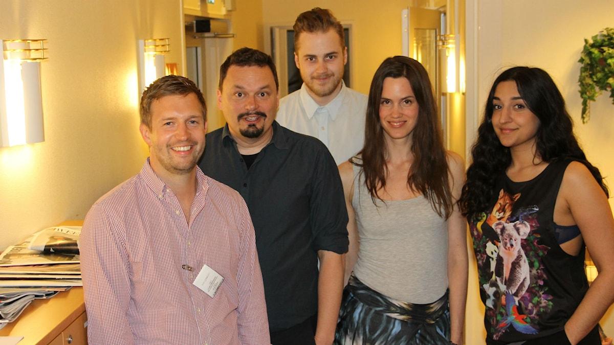 Hur kommer vi fredagsmysa i framtiden? Ulrik Simonsson, Roger Wilson, Tobias Norström, Maria Brander & Parisa Amiri. Foto: Amanda Rydman