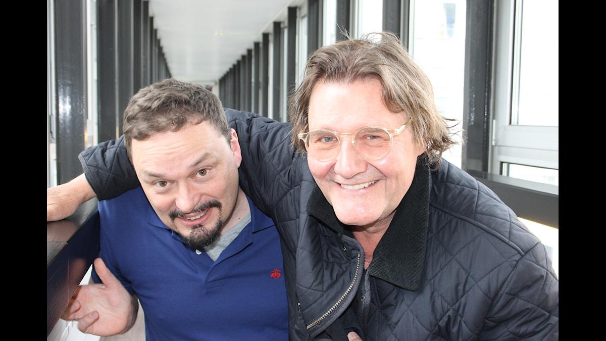 Roger Wilson och Johan Rabaeus. Foto: Anna-Karin Ivarsson/SR.