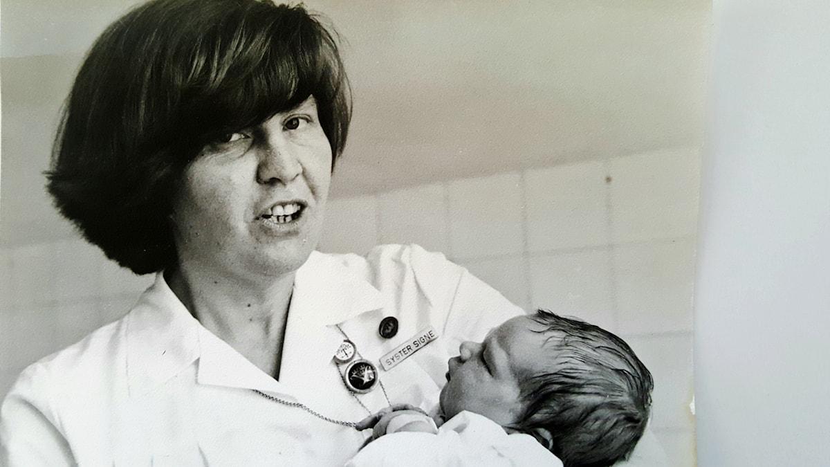 Signe Jansson revolutionerade den svenska förlossningsvården.