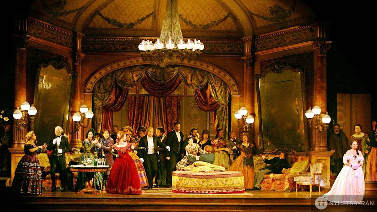 Metropolitanoperans uppsättning av La Traviata från 2006.