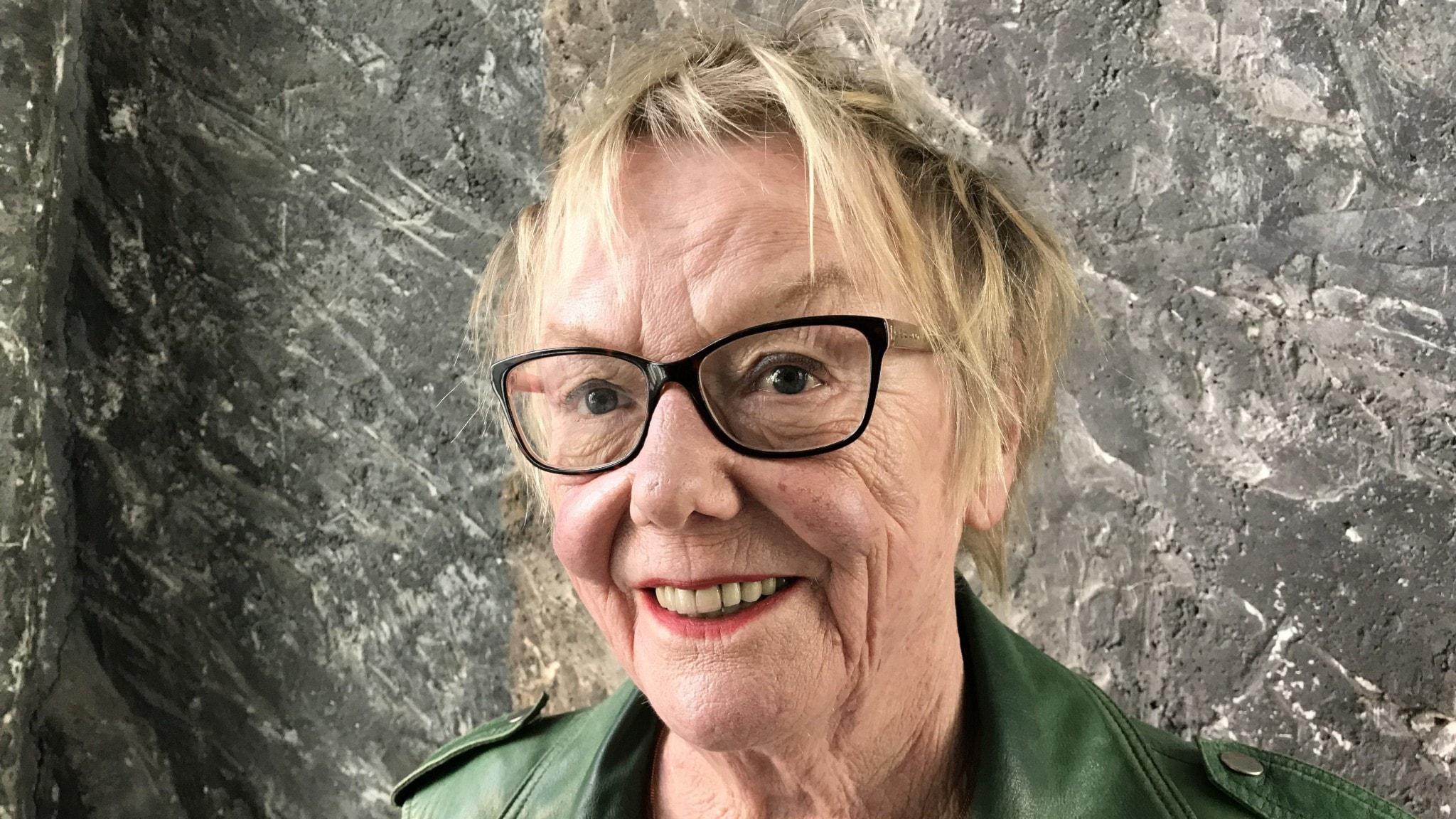 Soilin seurassa suomenkielisen radiotoiminnan pioneeri Eeva Lindh
