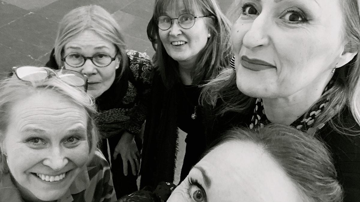 Johanna Parikka Altenstedt, Merja Diaz, Anne Sseruwagi, Carita Vainikka ja Sonja Skibdahlin silmä