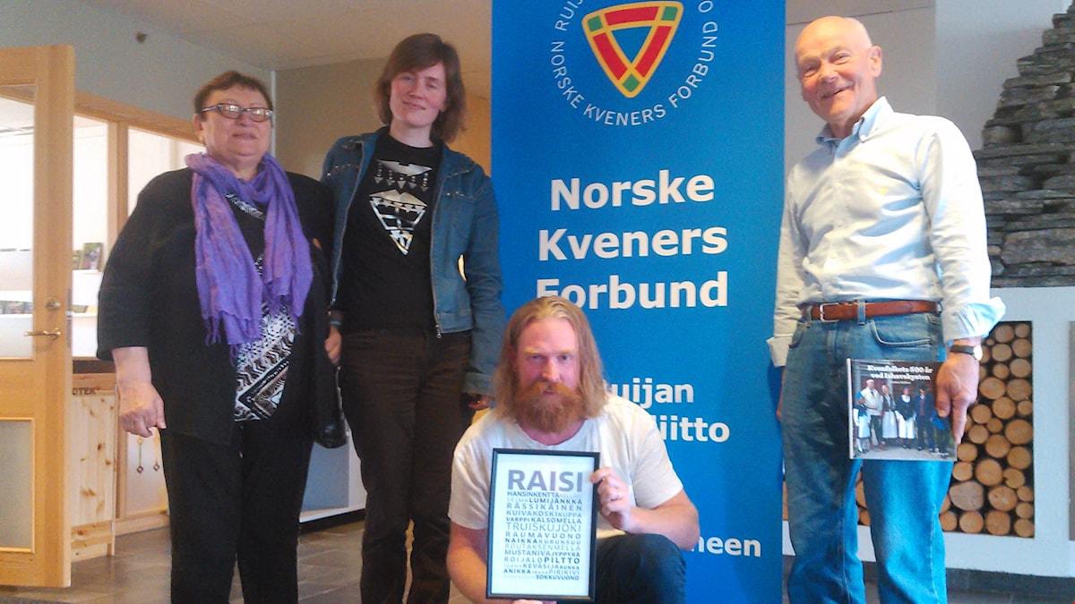 Liv Annie Johansen, Merethe Eidstø Kristiansen, koukuttaja Adam Huuva ja Arvid Petterson.