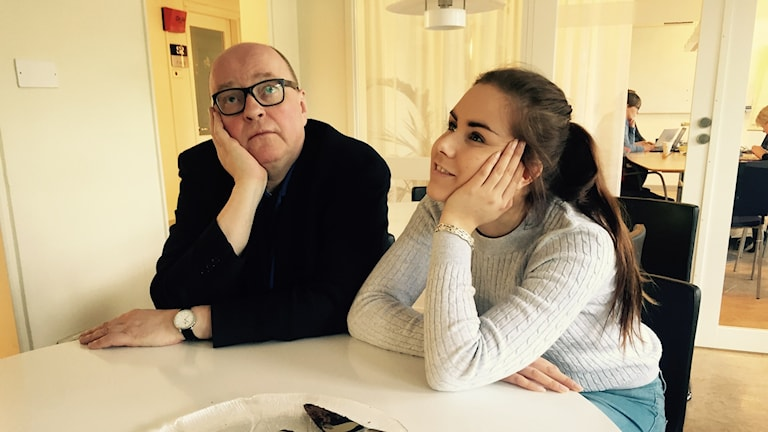 Jorma Ikäheimo ja Marika Pietilä haaveilevat Tukholman radiotalolla.