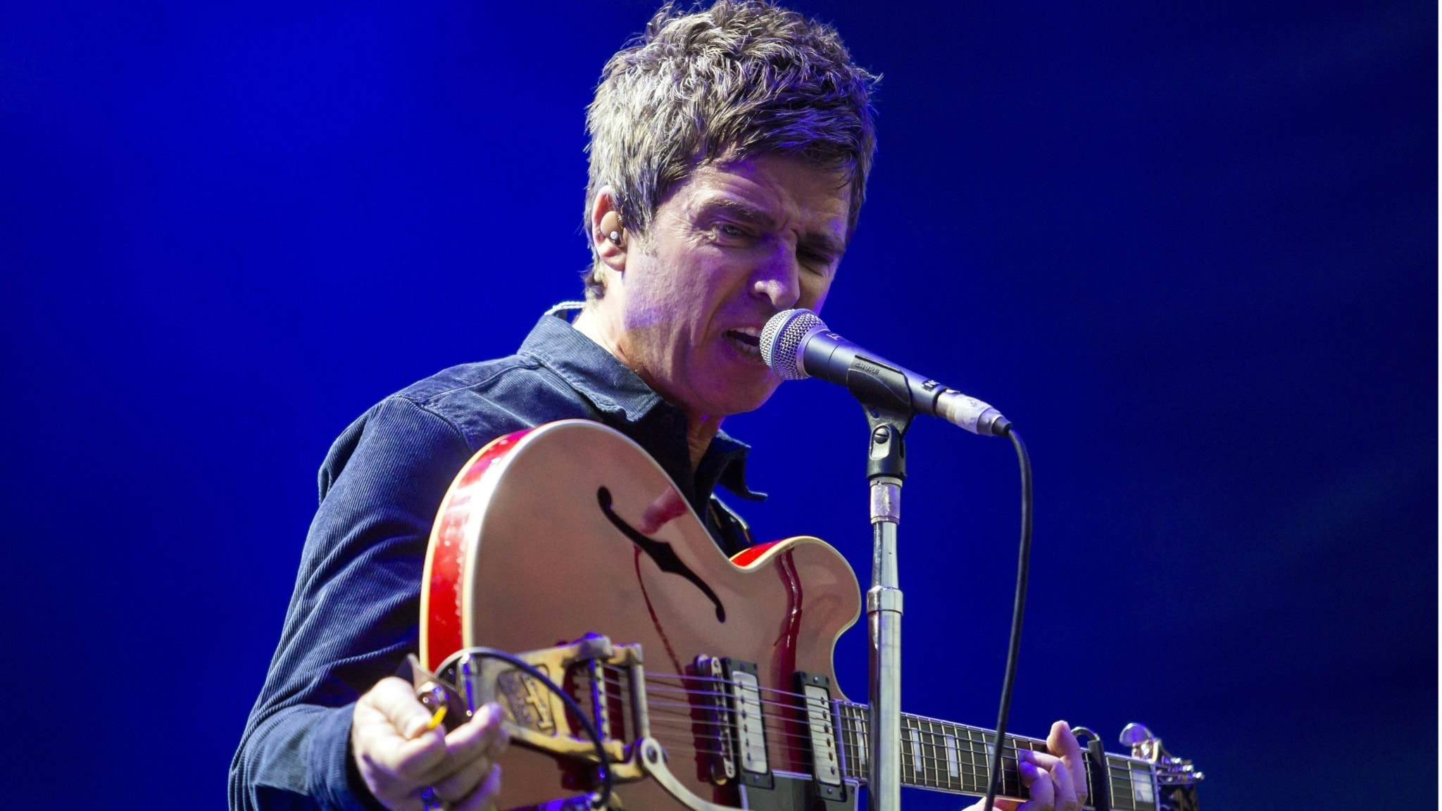 Noel Gallagher firar 10 år som soloartist under 2021.
