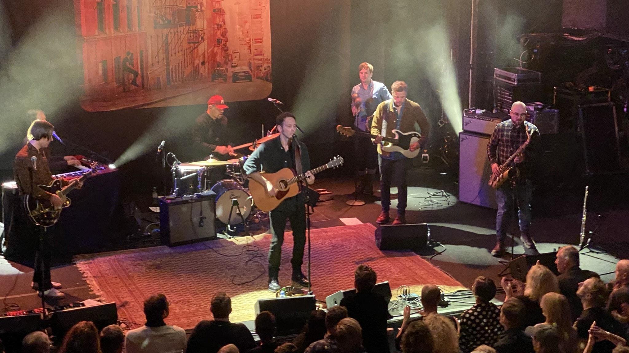 Joel Alme med band uppträdde på Pustervik i Göteborg under hösten 2019.