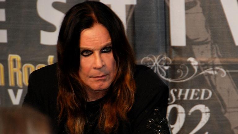 Ozzy Osbourne och Black Sabbath höll en kort presskonferens inför spelningen på Sweden Rock. Foto: Anders Foghagen/Sveriges Radio