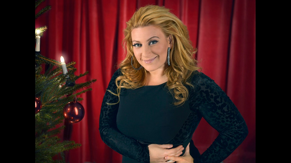 Sarah Dawn Finer sjunger in julen i P4