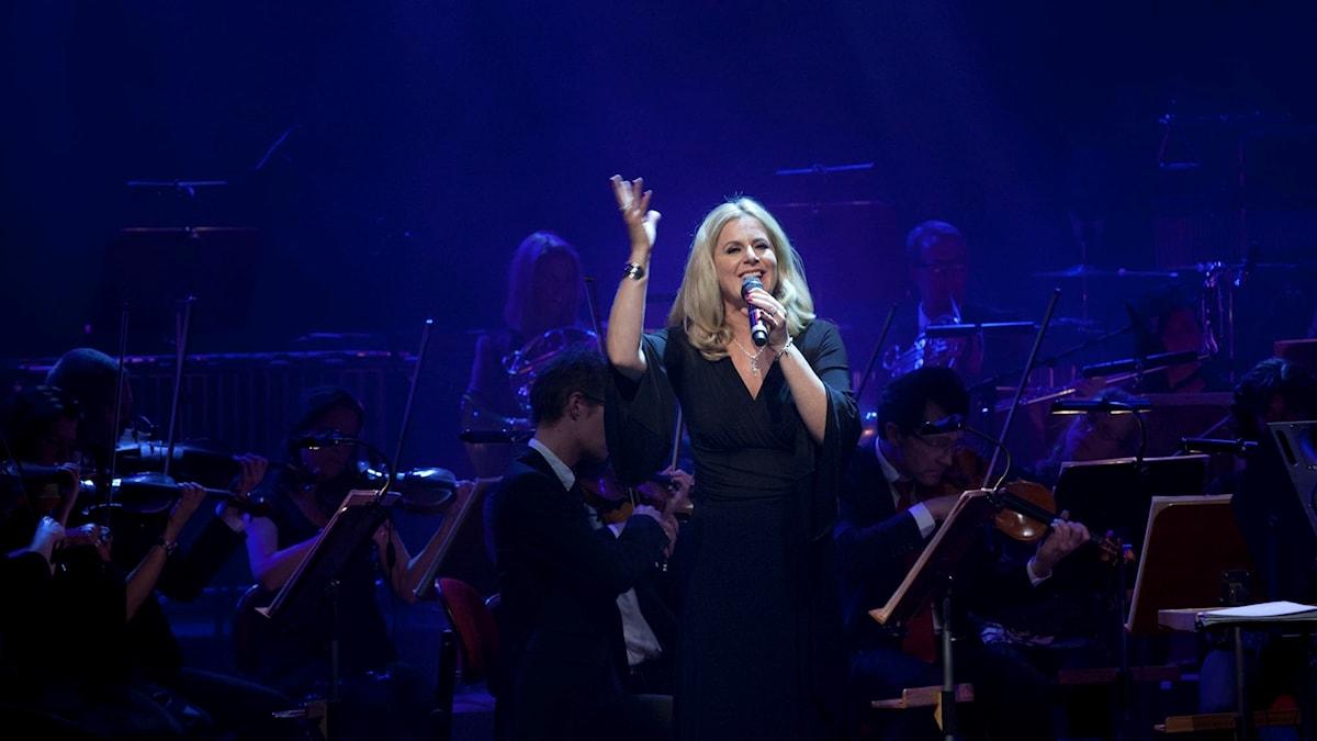 Gunilla Backman sjunger Barbara Sreisands musik i Berwaldhallen