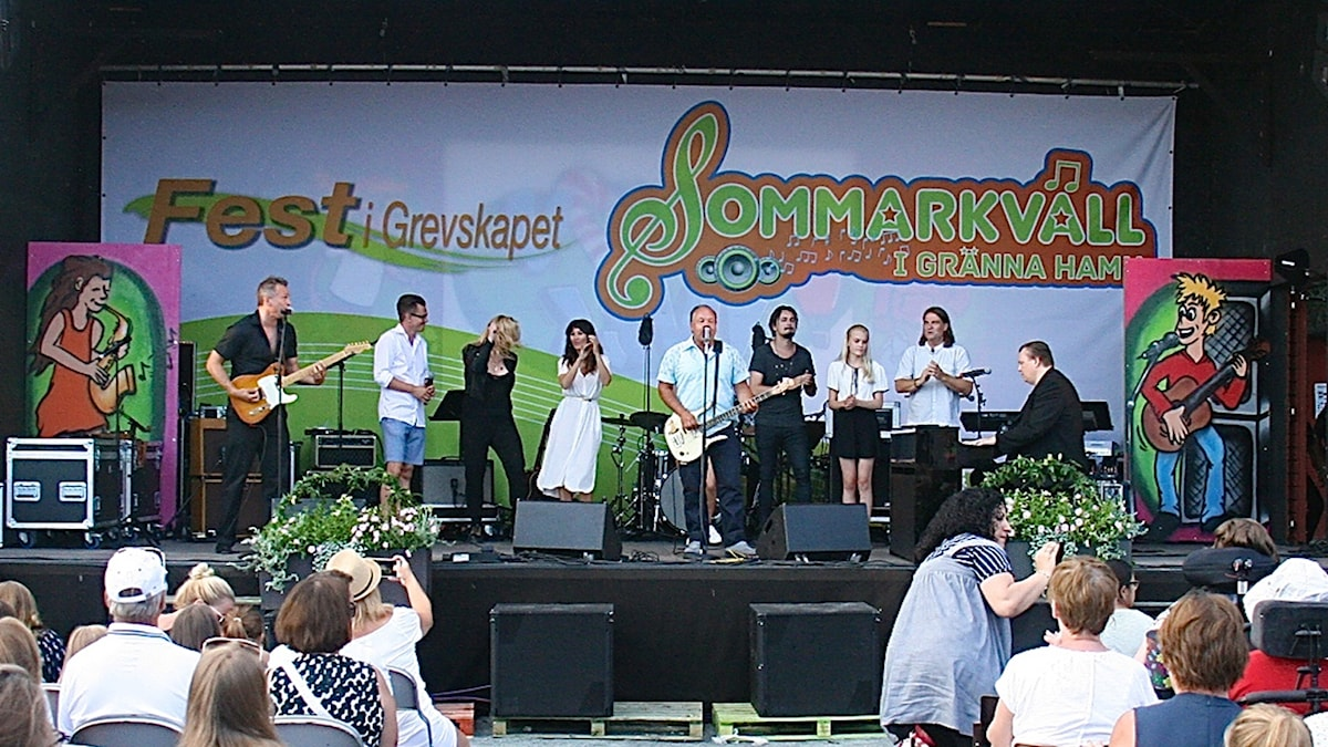 Många artister medverkade vid sommarkvällarna i Gränna Hamn.