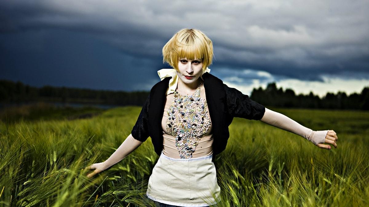 Författaren och kompositören Jenny Hval, även känd som Rockettothesky. Foto: Sigurd Fandango