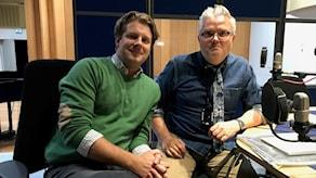 Rickard Thunér i studion hos Jan Gradvall.