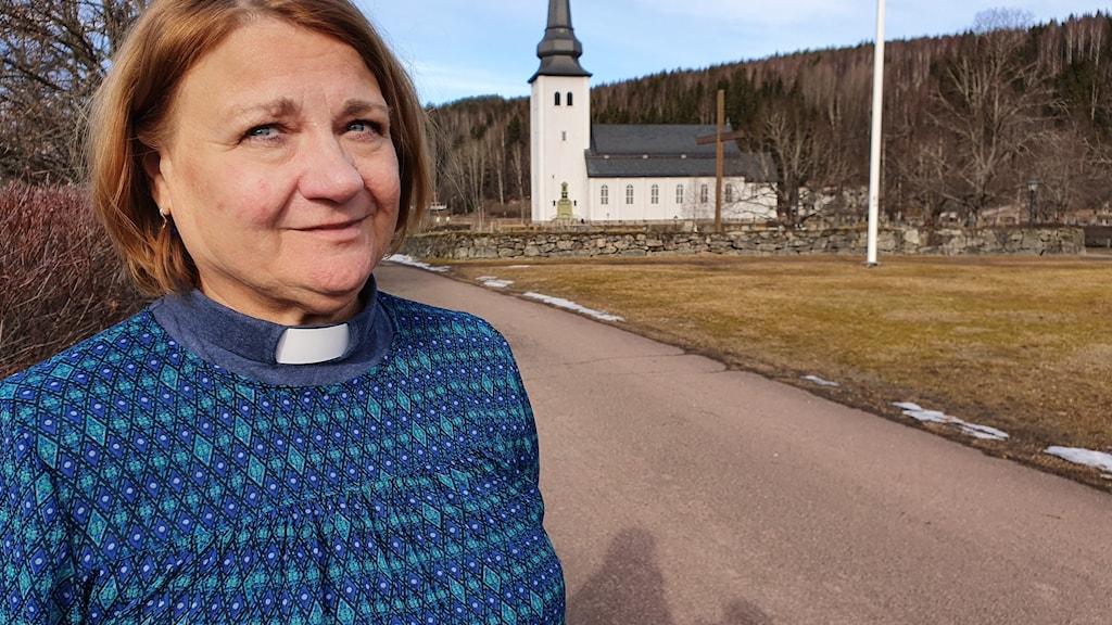 Birgitta Halvarsson, kyrkoherde i Övre Älvdalens församling. Foto: Aron Eriksson/Sveriges Radio.