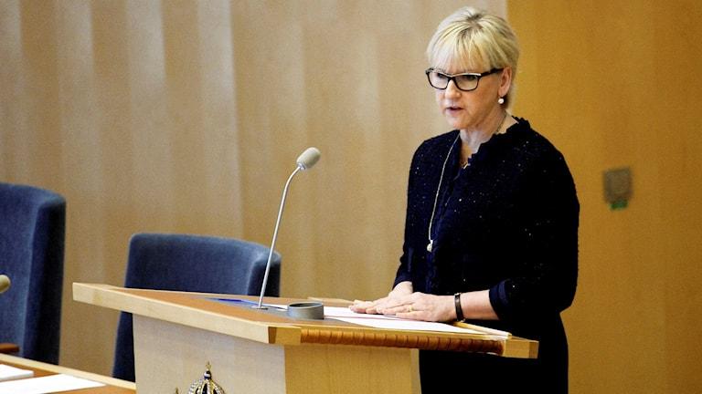 Utrikesminister Margot Wallström läser upp  utrikesdeklarationen i riksdagen. Foto: Maja Suslin/TT