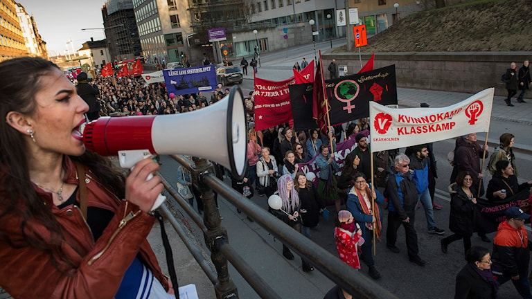Demonstrationståg i Stockholm på internationella kvinnodagen 2015. Foto: Jonas Ekströmer / TT.