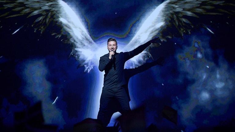 Rysslands Sergej Lazarov på scenen i Eurovision Song Contest semifinal ett.