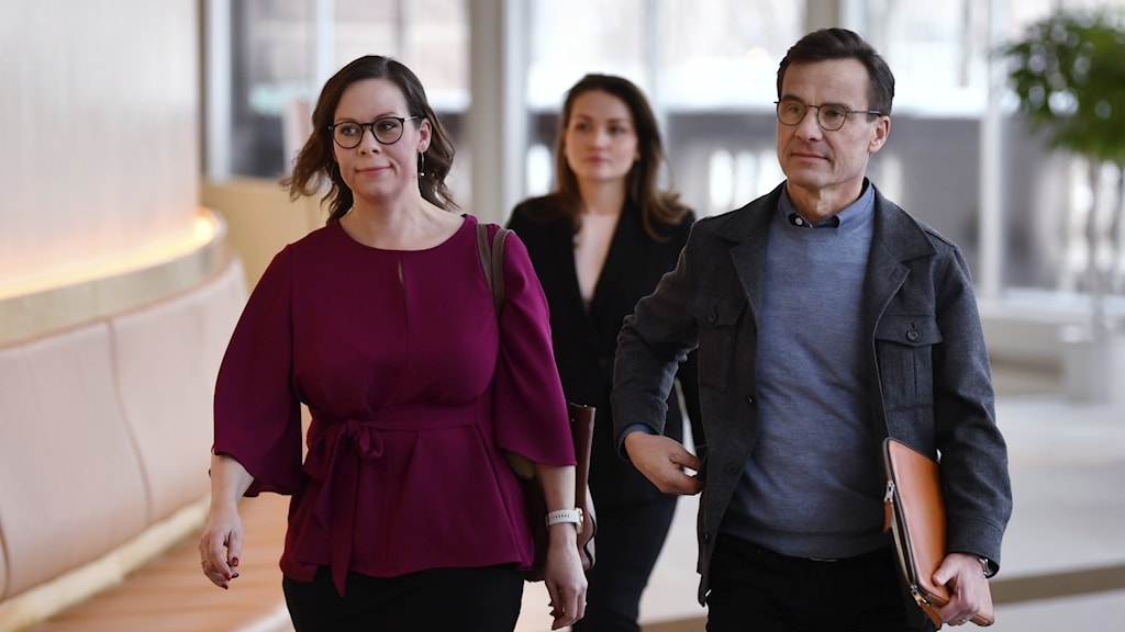 Modaternas migrationspolitiska talesperson Maria Malmer Stenergard och partiledaren Ulf Kristersson.