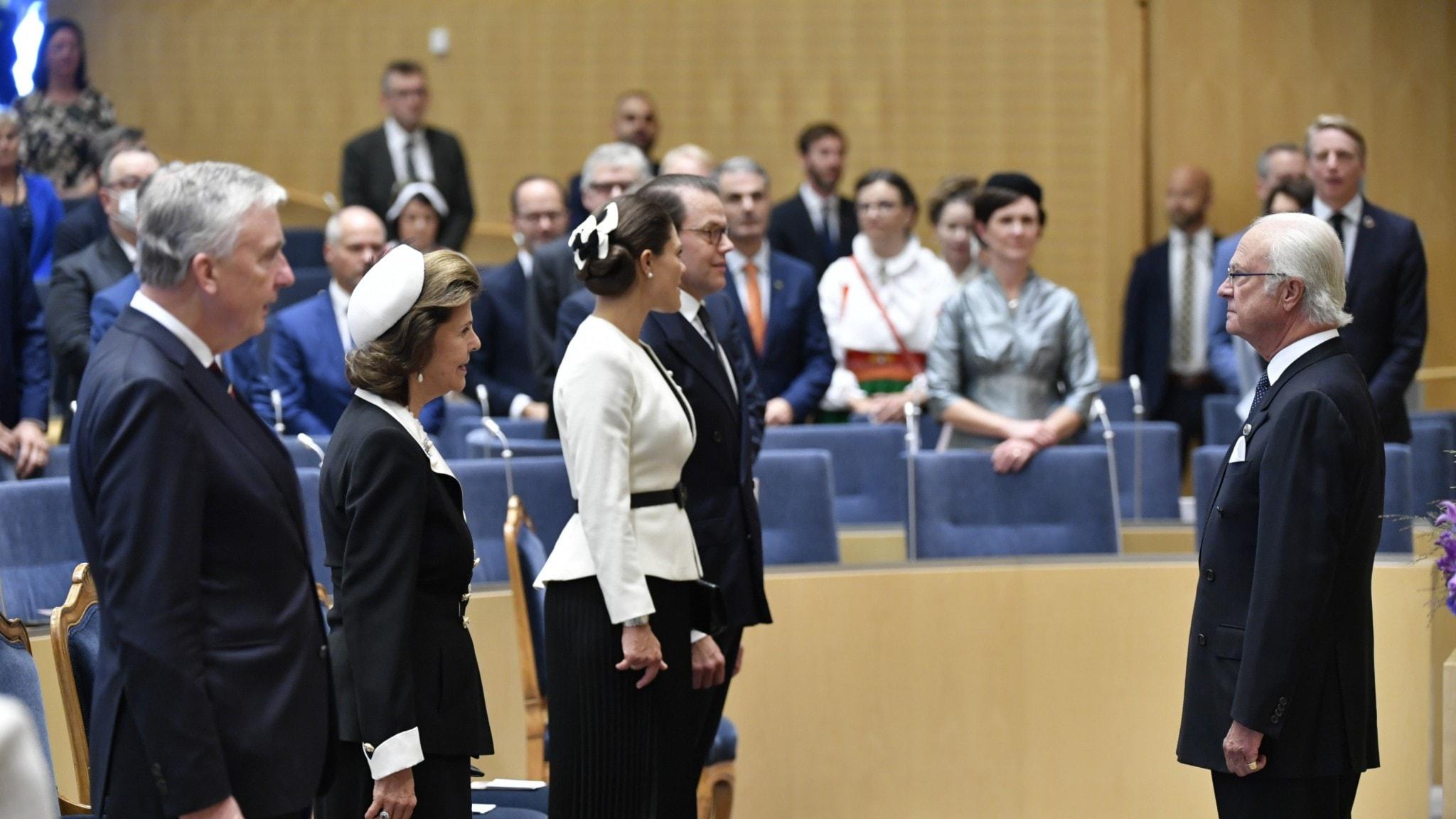 Kungen öppnade riksdagen och höll ett tal.