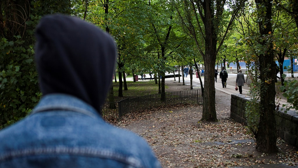 Anonym bild som illustrerar droger och droghandel i Fatbursparken på Södermalm i Stockholm.