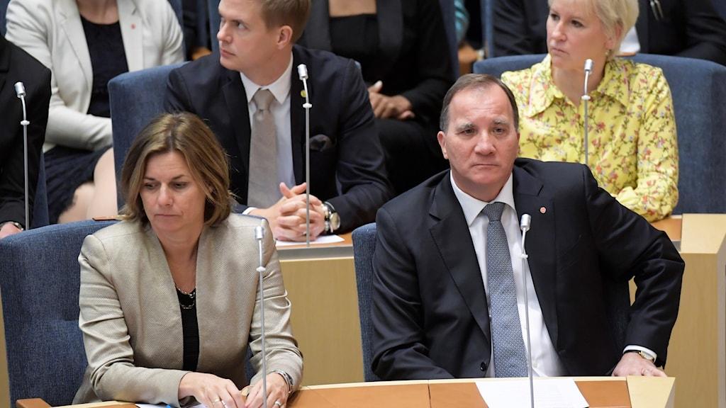 Isabella Lövin (MP), Gustav Fridolin (MP), statsminister Stefan Löfven (S) och utrikesminister Margot Wallström (S) under statsministeromröstningen i  riksdagen.