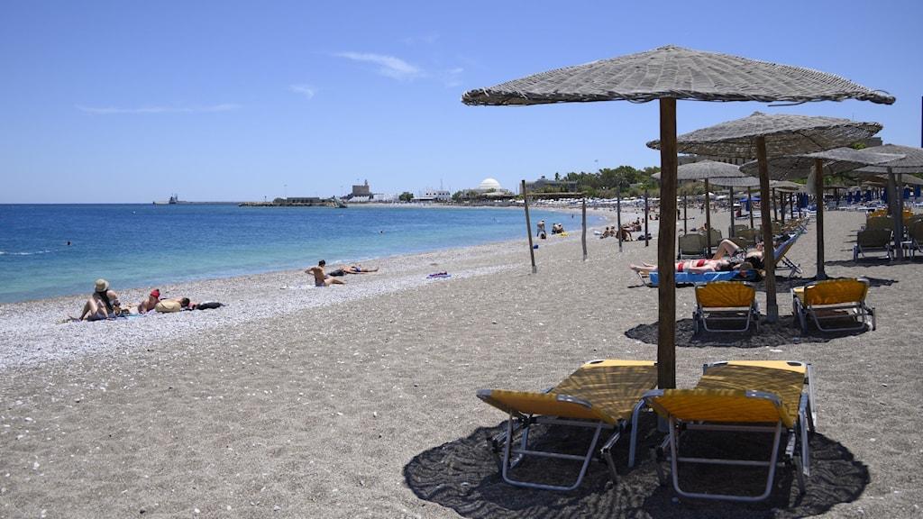 Bild på en strand på Rhodos.