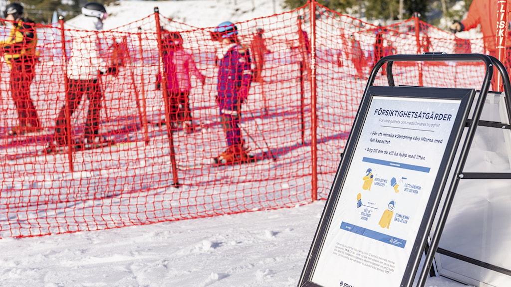 Skidorten Lindvallen i Sälen på sportlovsvecka 8.