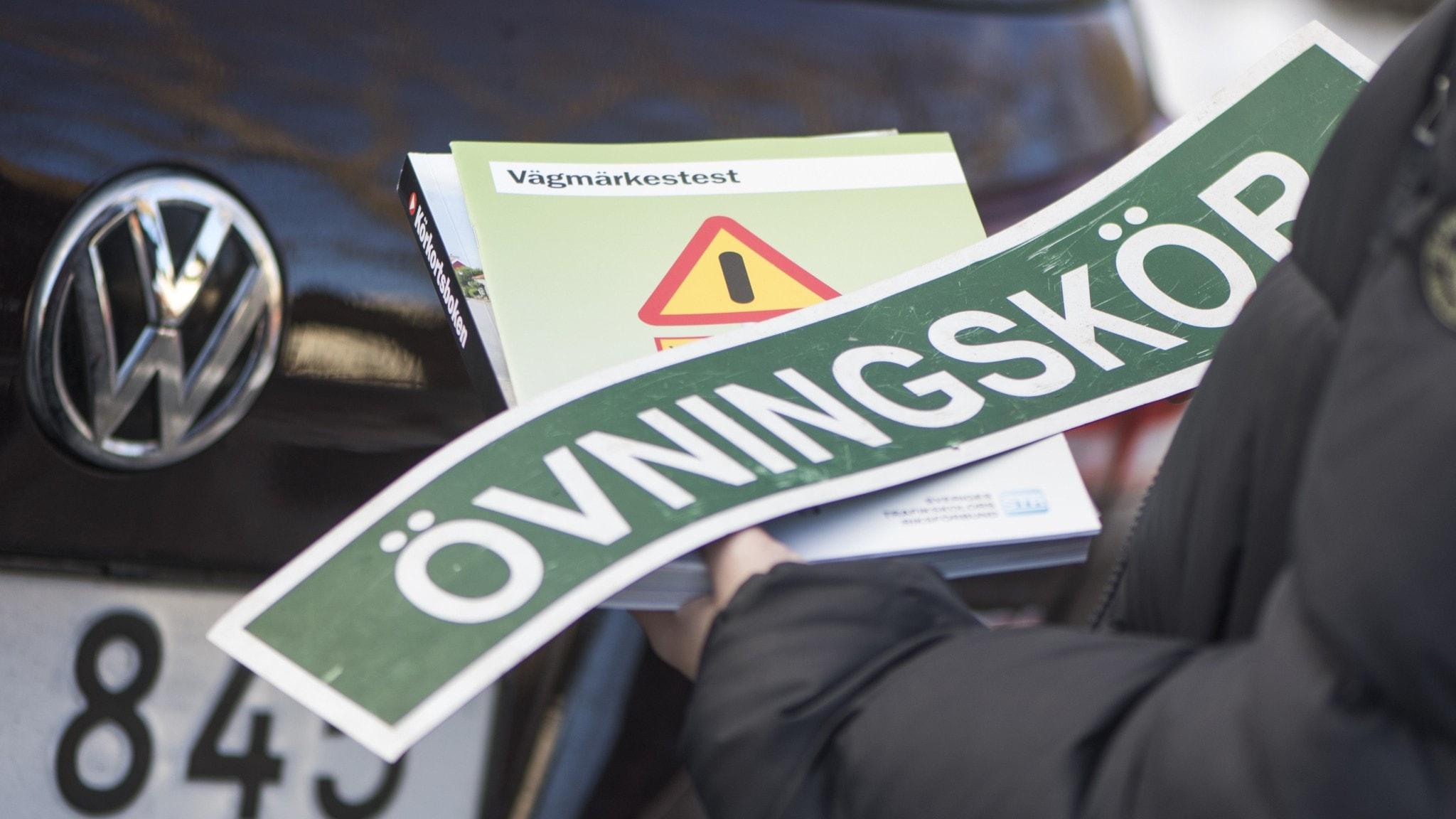 Regeringen vill göra det lättare att söka lån till körkort