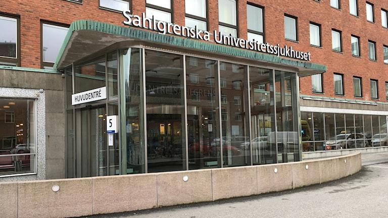 Ingången till Sahlgrenska sjukhuset i Göteborg. Foto: Jonas Dagson/TT