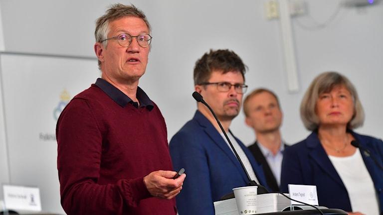 Olika myndigheter berättar varje dag om hur det går med coronapandemin i Sverige. Anders Tegnell är statsepidemiolog på Folkhälsomyndigheten.