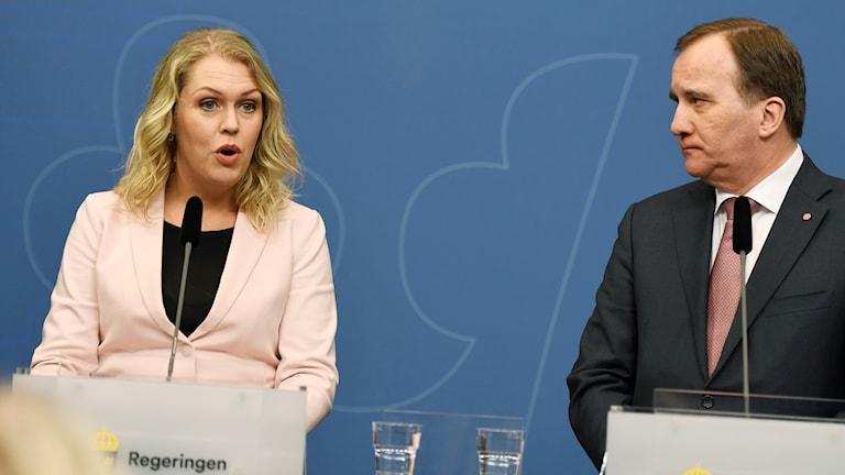 Lena Hallengren (S) presenteras som ny barn-, äldre- och jämställdhetsminister under en pressträff i Rosebbad i Stockholm.
