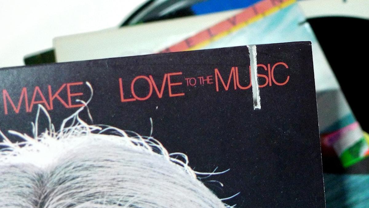 """LP-skivor med """"cutout""""."""