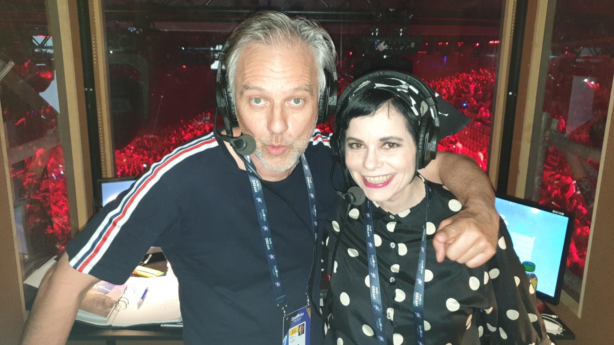 Björn Kjellman och Carolina Norén på plats i Tel Aviv