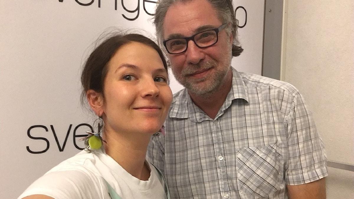 Cecilia Khavar, programledare och producent och Anders Ask, utrikesredaktör på Ekot.