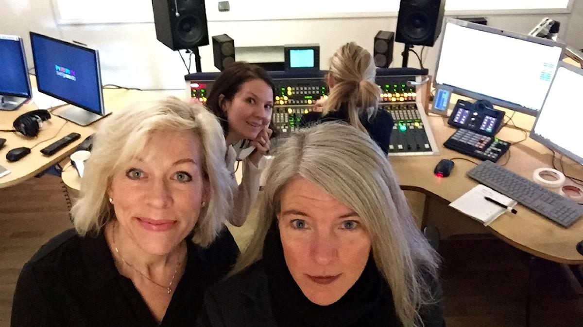 Ginna Lindberg, Cecilia Khavar, Sandra Pettersson, Sara Stenholm Pihl,