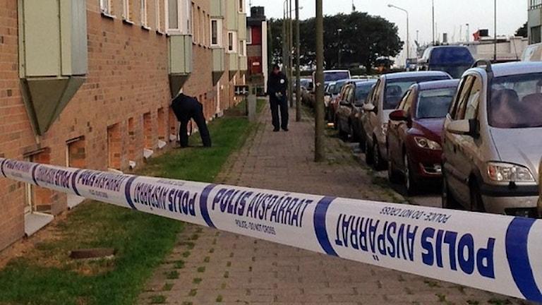Polisen spärrde av området.Foto: Sandra Neergaard-Petersen/Sveriges Radio