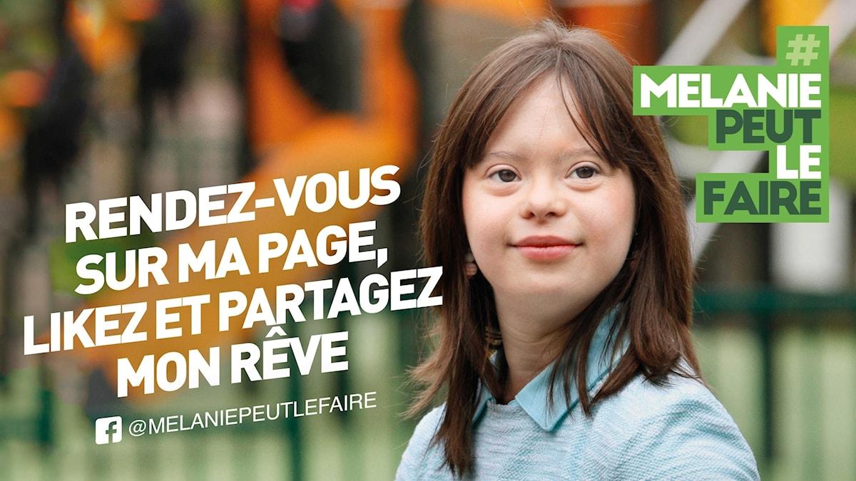 En bild på 21-åriga Mélanie ocvjh fransk text.