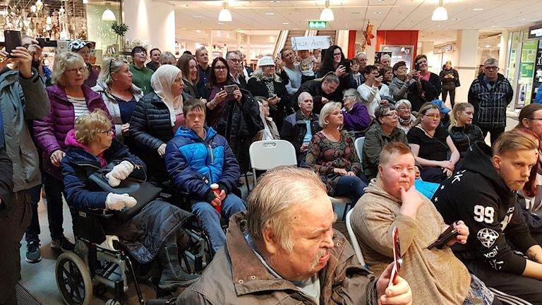 Fotot visar en del av publiken vid Talangjakten i Gävle.
