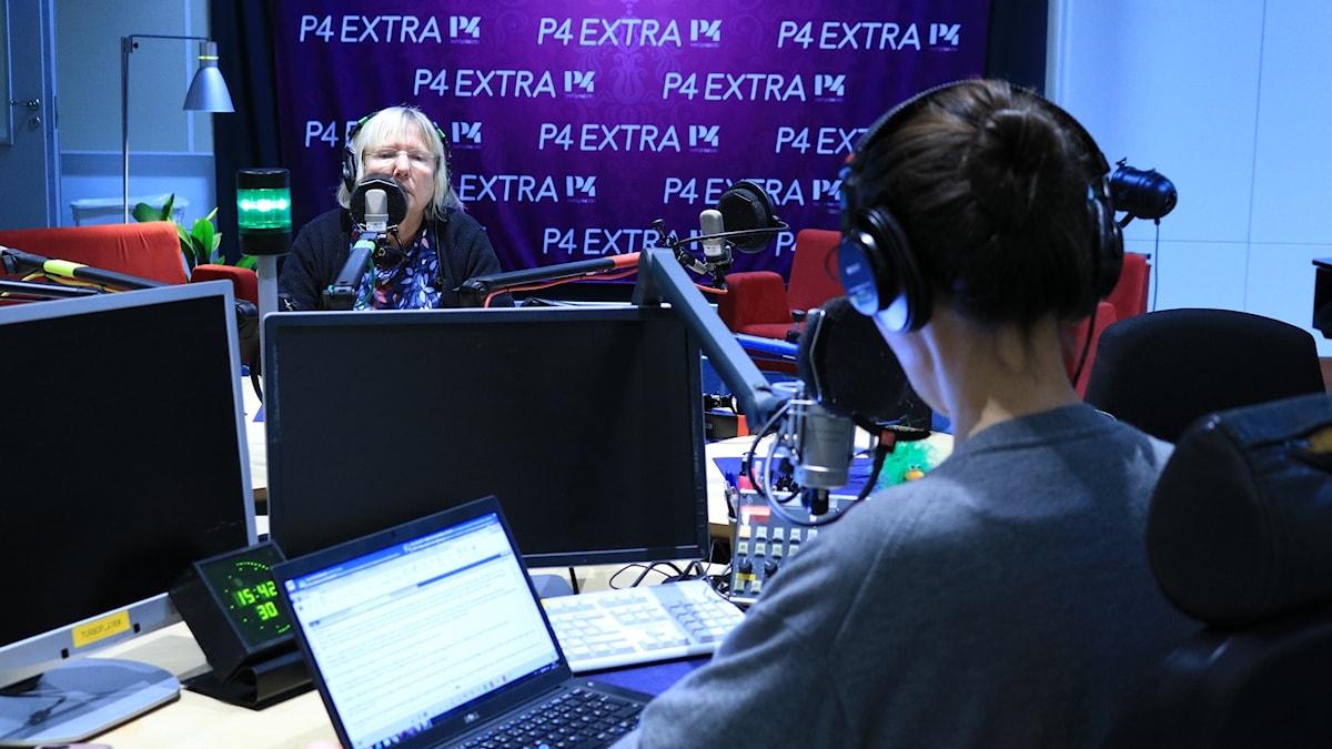 Susanne Palme, Ekots Eu-kommentator och Caroline Salzinger, Europapoddens programledare.
