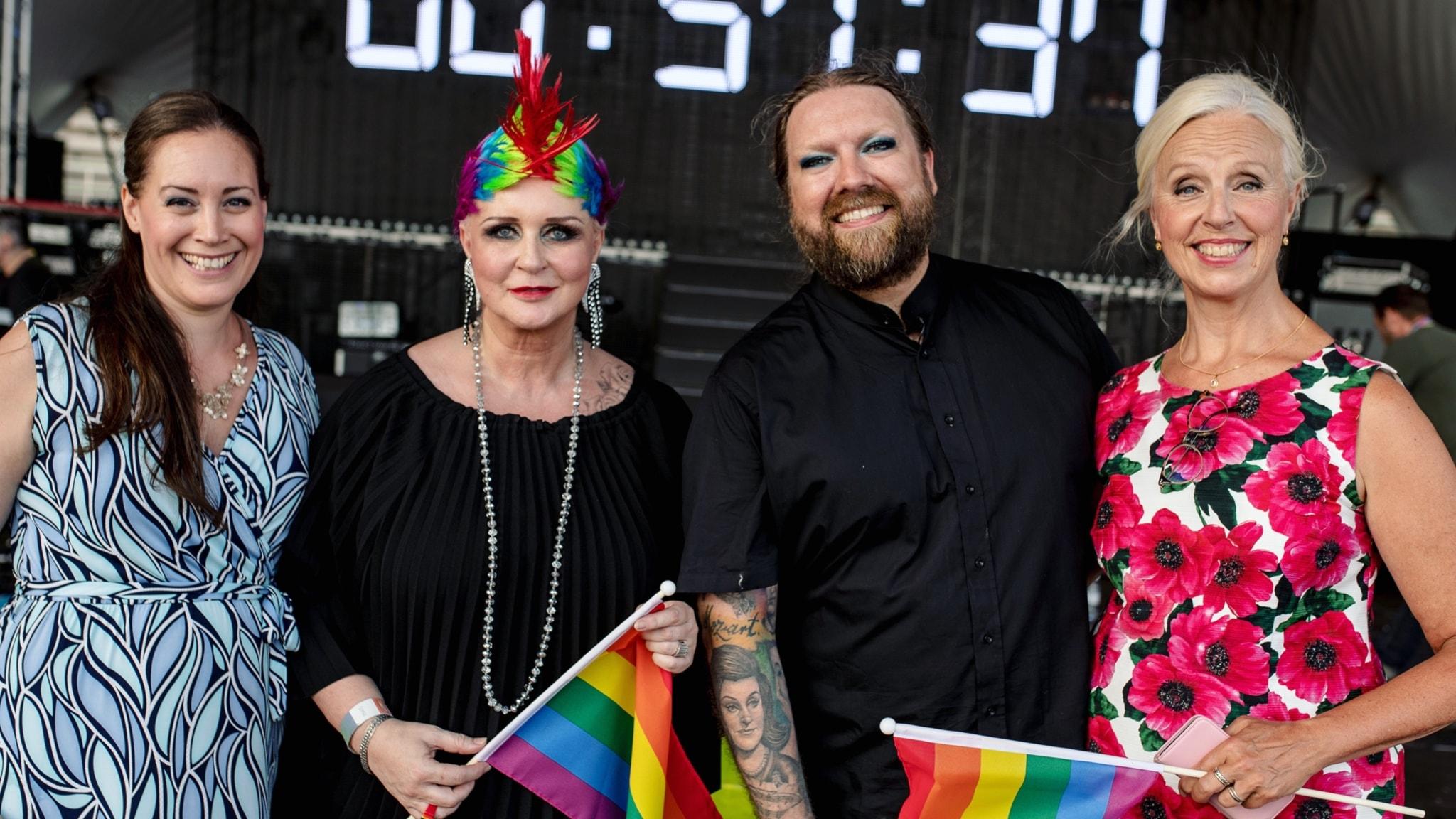 Opera sing-along på Pride 2018 med gäster Anne Sofie von Otter, Iréne Theorin och Karolina Andersson