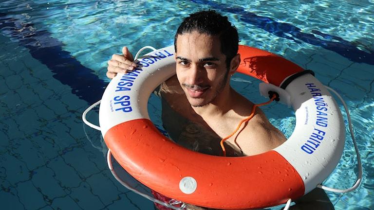 السباحة.. وأولف بالمه